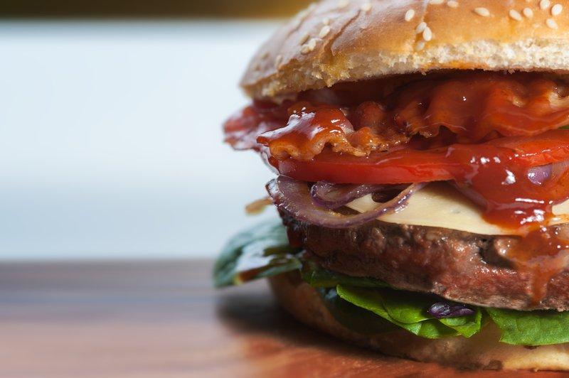 burger-close-up-fast-food-103886